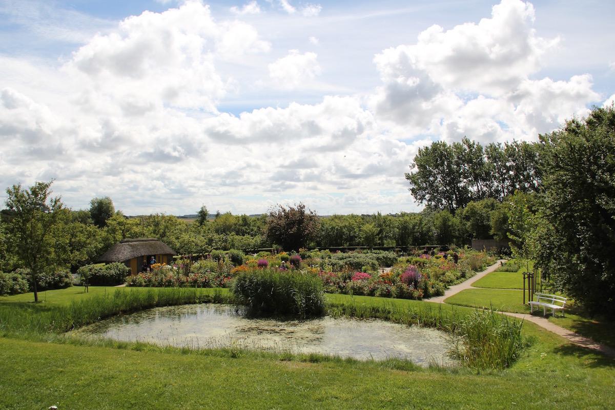 Blick über den Garten von Emil Nolde