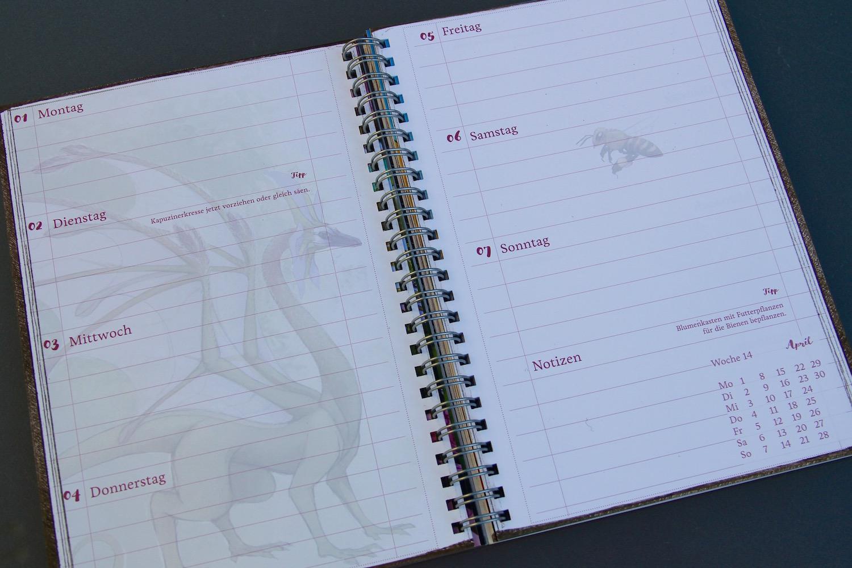 Zweiseitige Wochenübersicht im Kalenderteil