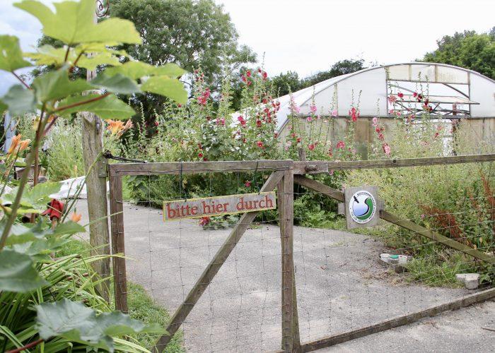 Eingangspforte zum Gelände vom Eschenhof e.V.